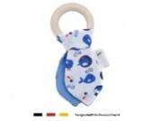 Baby Stoff Greifling Beißring | Holz Lernspielzeug mit Knisterfolie als Geschenk zur Geburt & Taufe | Jungen Motiv Wal in blau