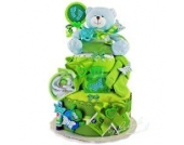 Windeltorte/Pamperstorte > Babygeschenk Jungen in schönem Grünton // Geschenk zur Geburt, Taufe, Babyparty // originelles und praktisches Geschenk für Babys