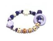 Premium Greifling Little Purple Cube mit Namen in lila, flieder und weiß